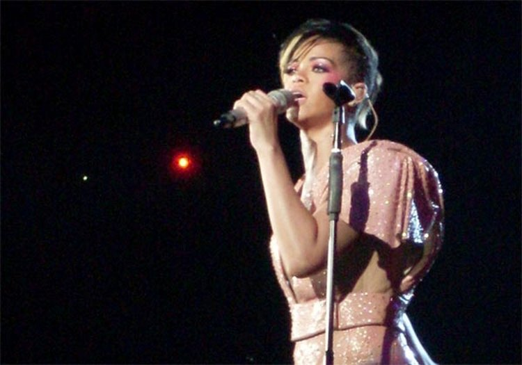 Music Friday: Rihanna and Boyfriend Are Yellow Diamonds in the 2011 Hit, 'We Found Love'
